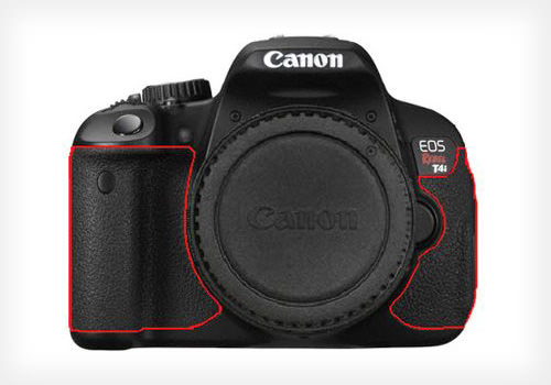 Partes problemáticas da Câmera Rebel T4i sinalizadas (Foto: Reprodução/PetaPixel)