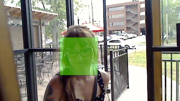 Projeto promete que usuários efetuem check-in no Facebook por meio de reconhecimento facial (Foto: Reprodução)