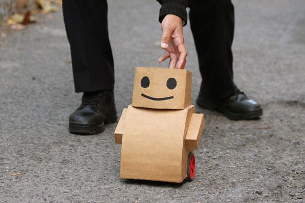Preferência Conheça cinco robôs que foram construídos com peças do cotidiano  AS17