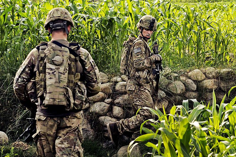 Soldados camuflados (Foto: Reprodução)