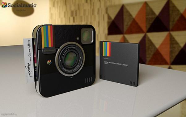 ADR Studio, empresa criadora do projeto da Socialmatic divulga novas fotos da câmera na cor preta (Foto Divulgação)