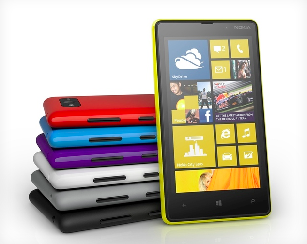 Windows Phone Lumia 820 (Foto: Divulgação)