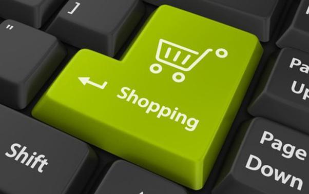 Serviços de realidade aumentada ajudam na hora de comprar roupas pela web (Foto Reprodução)