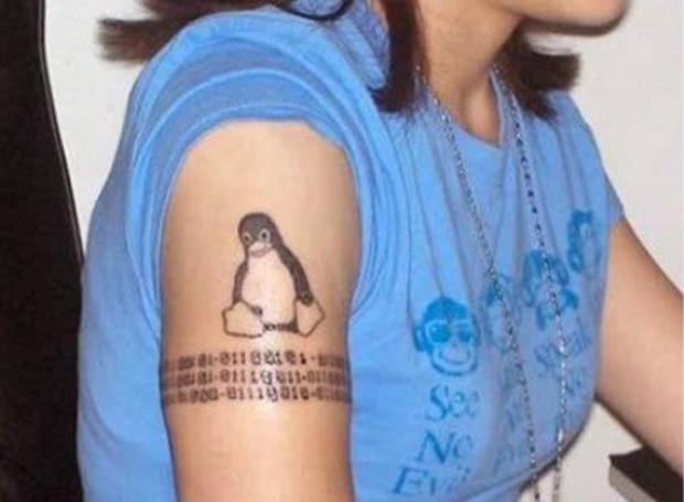 Tattoo do pinguim do Linux (Foto: Reprodução)