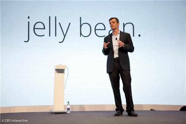 CEO da Motorola garantiu desconto a usuários mais antigos (Foto: Divulgação)