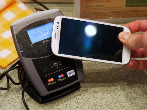 Pagamento via NFC com o Samsung Galaxy S3 (Foto: Divulgação)
