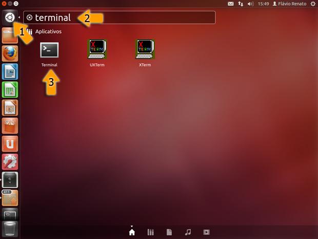 Abrindo terminal no Ubuntu 12.04 (Foto: Reprodução / Flávio Renato)