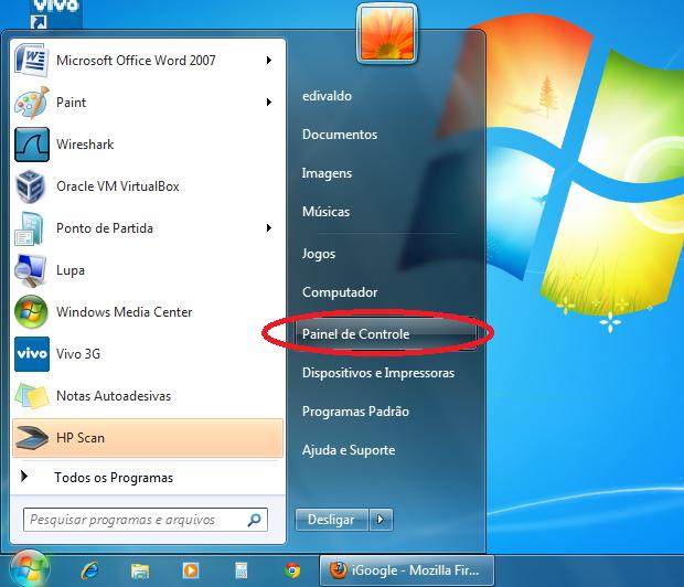 Acessando o painel de controle no Windows 7 (Foto: Reprodução/Edivaldo Brito)