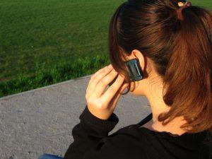 Índice de roubo e perda de celulares no Brasil é alarmante (Foto: Reprodução)