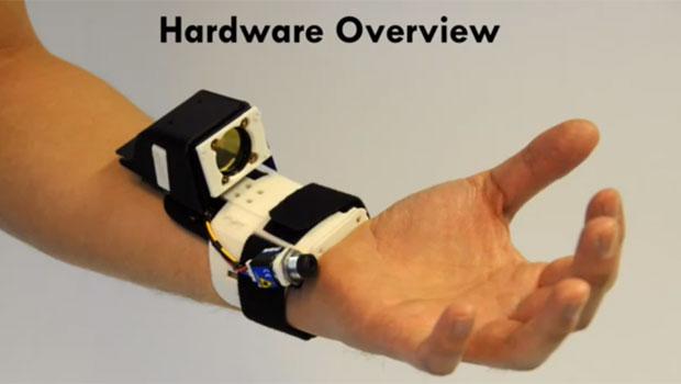 Aparelho pode levar a interfaces controladas por gesto no futuro (Foto: Reproduo)