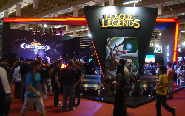 O estande League of Legends na BGS (Foto: Felipe Vinha) (Foto: O estande League of Legends na BGS (Foto: Felipe Vinha))