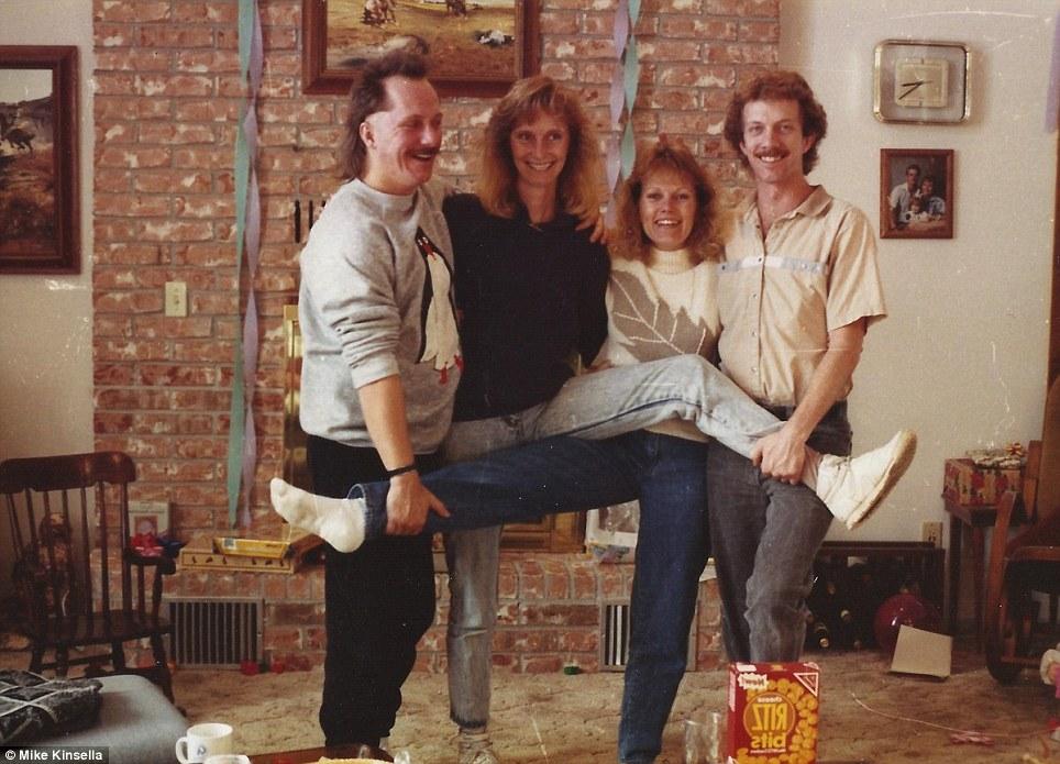 A primeira foto foi feita em 1988. (Foto: Reprodução)