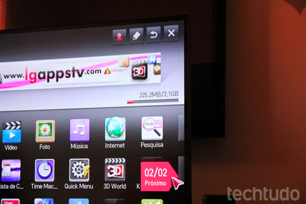 Conteúdo com uma gama grande de apps e serviço próprio pelo LG Smart World (Foto: Rodrigo Bastos/TechTudo)