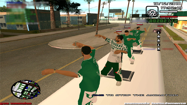 Torcida organizada do Fluminense se prepara para um combate (Foto: Divulgação)