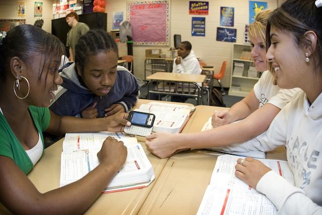Os alunos participantes do projeto tiveram um aumento de cerca de 30% nas notas escolares (Foto: Reprodução/Mashable)