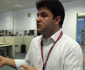 Eduardo Morelli, gerente responsável pelo suporte técnico da GVT (Foto: Allan Melo / TechTudo)