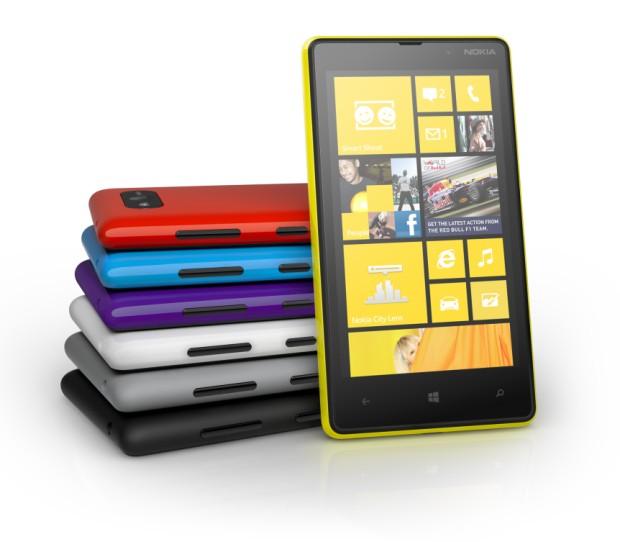 Nokia Lumia 820. (Foto: Nokia Lumia 820.)