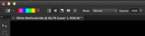 Adição do efeito multicolorido ao texto, na barra de opções de ferramenta (Foto: Reprodução/André Sugai)