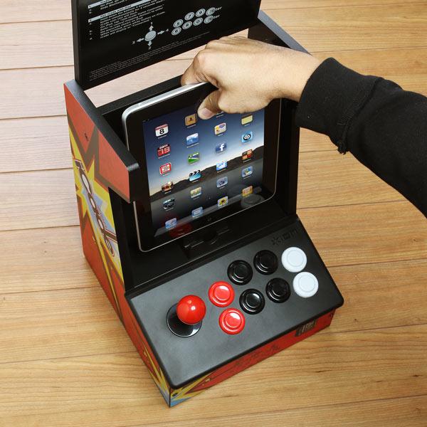 Controle iCade transformar o iPad em uma máquina de fliperama (Foto: Divulgação)