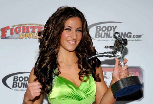 Miesha Tate, do MMA, é bela e fera ao mesmo tempo (Foto: Reprodução/Getty Images)