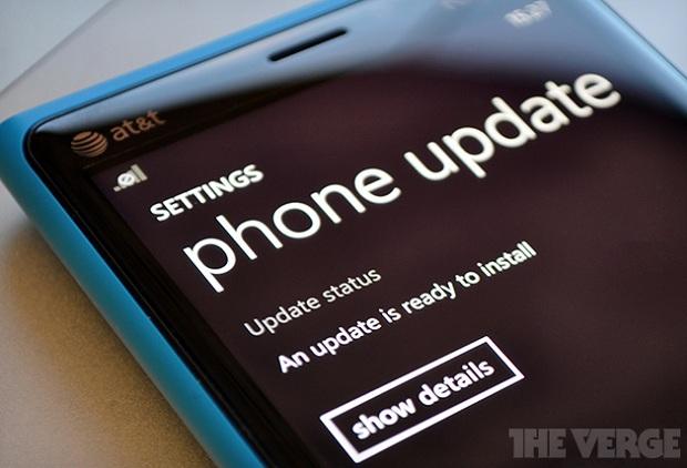 Update para Windows Phone 8 deve chegar em fevereiro (Foto: Reprodução/The Verge)