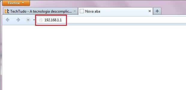 Digitando o endereço do roteador sem fio no navegador (Foto: Reprodução/Edivaldo Brito)