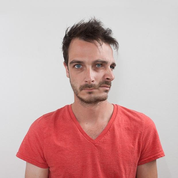 """Homem em dois momentos, unidos no projeto """"Facade"""" (Foto: Ulric Collette)"""