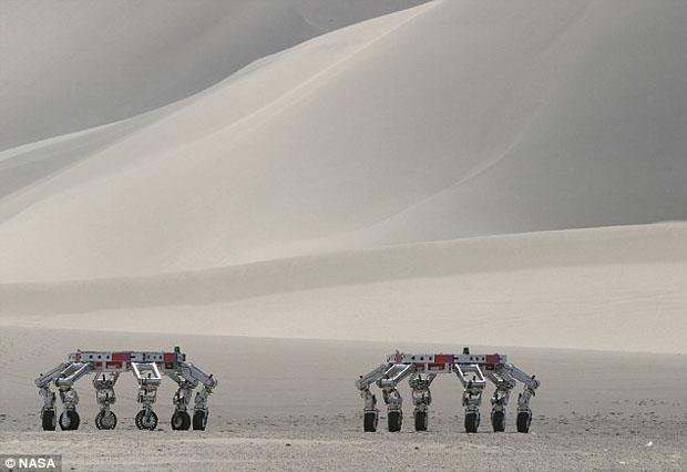 All-Terrain é o robô de doze olhos controlado pelo Kinect (Foto:Divulgação)