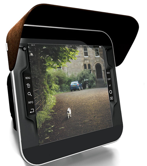 Display grande para visualizar as fotos na câmera (Foto: Reprodução/ Andre Pokhodzey)