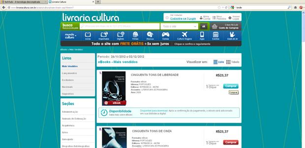 Comprando o livro na Cultura (Foto: Reprodução)