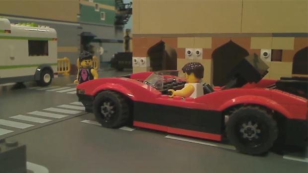 Belos carros de GTA 5 em versão LEGO ainda atraem garotas (Foto: Divulgação)
