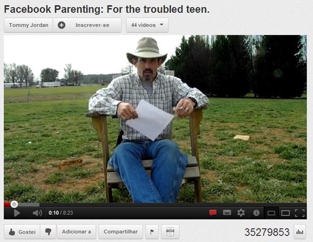 Tommy Jordan no vídeo em que atira no computador da filha adolescente (Foto: Reprodução) (Foto: Tommy Jordan no vídeo em que atira no computador da filha adolescente (Foto: Reprodução))