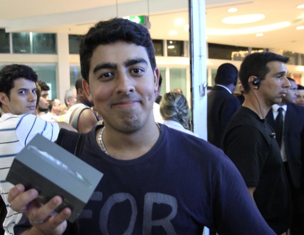 Applemaníaco, Bryam Medeiros garantiu seu iPhone 5 no dia do lançamento (Foto: Marlon Câmara/TechTudo)
