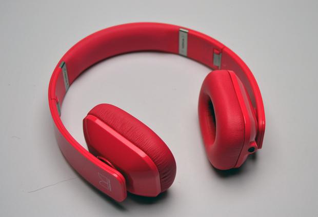 Bonito design na parceria da Nokia com a Monster (Foto: Stella Dauer)