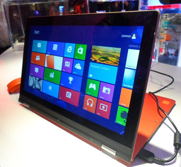 Mini-Ultrabook foi uma das novidades da Lenovo na CES (Foto: Nick Ellis/TechTudo)