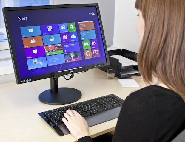 Tobii Rex transforma os olhos do usuário em um mouse para PCs com Windows 8 (Foto: Divulgação)