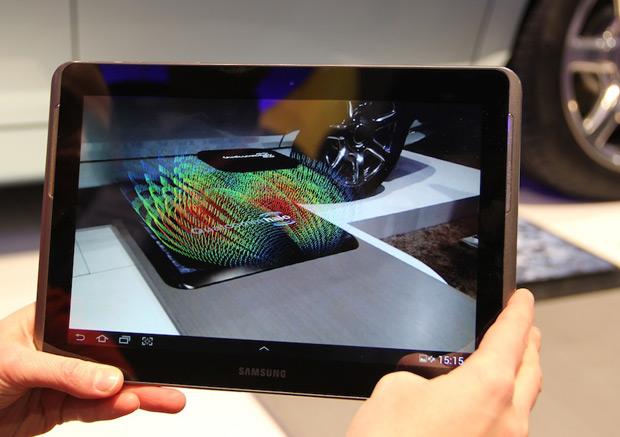 Sistema de realidade aumentada mostra o campo de indução eletromagnética (Foto: TechTudo / Nick Ellis)