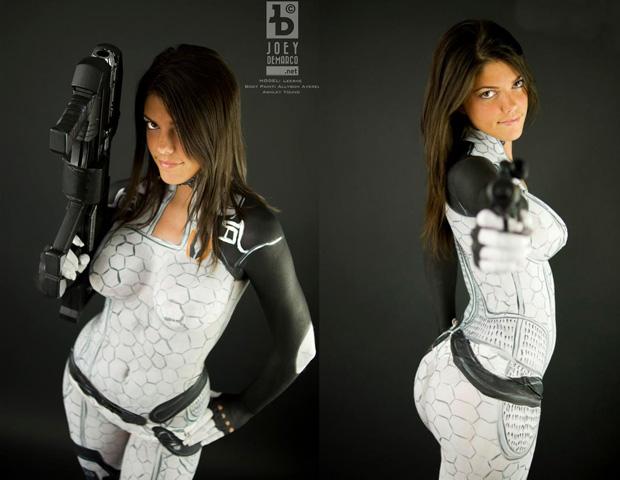 Miranda é uma das heroínas de Mass Effect 2 (Foto: Reprodução)