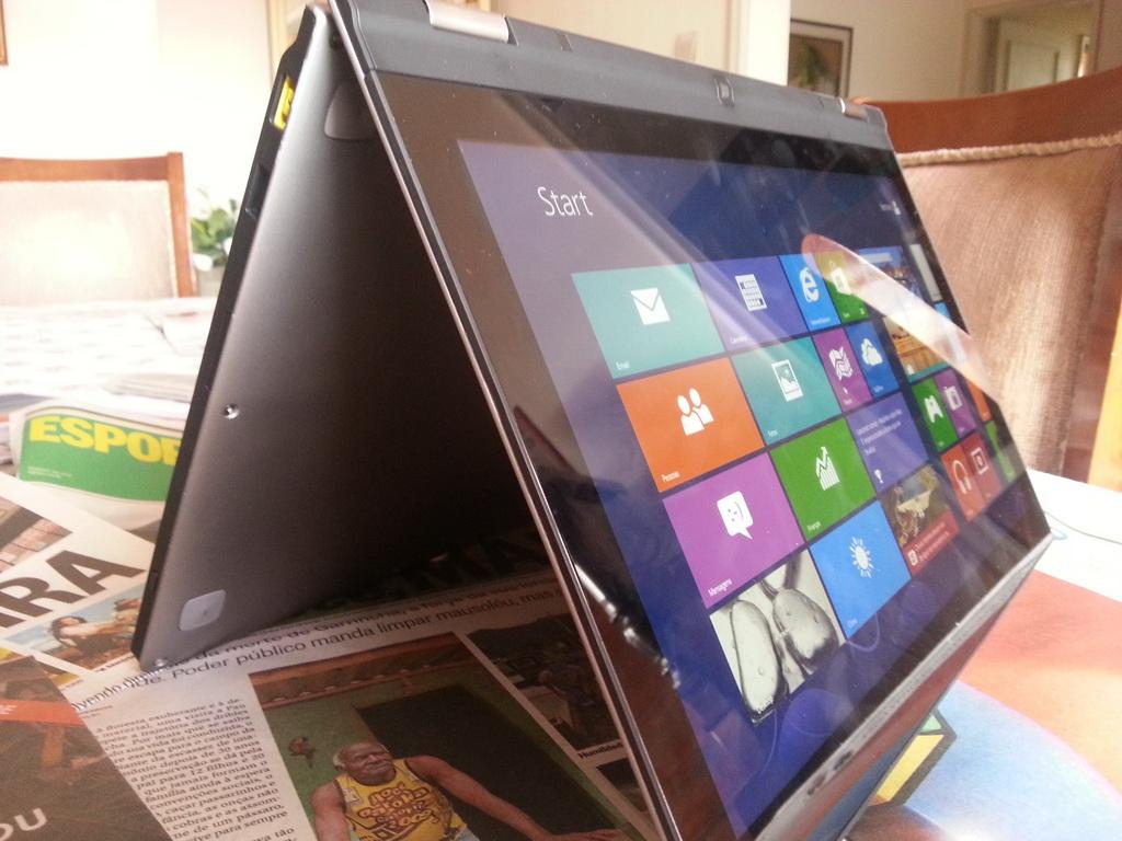 Um hardware completo e poderoso deixam o ultrabook com preço salgado (Foto: TechTudo/Rodrigo Bastos)