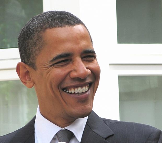 Foto de Obama usando aparelho aplicado com Photoscape (Foto: Reprodução/Raquel Freire)