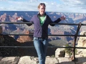 Professora pode ser demitida por foto no Facebook (Foto: Reprodução/Daily Dot)