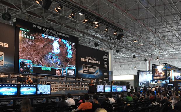 Palco do campeonato de games da Intel (Foto: TechTudo/André Fogaça)
