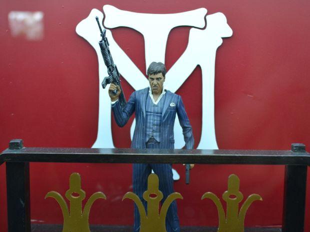 Tony Montana, personagem interpretado por Al Pacino, é usado em casemods da Campus Party (TechTudo Pedro Zambarda)