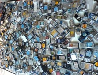 Quantidade de aparelhos móveis pode superar a quantidade de pessoas em 2013 (Foto: Reprodução/WebProNews)