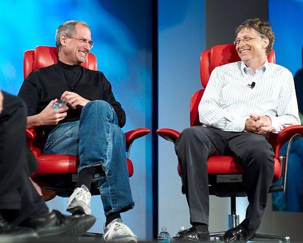 Steve Jobs e Bill Gates: Relação de respeito (Joi Ito|Wikimedia Commons)