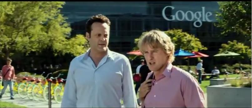 Os personagens Billy e Nick  decidem tentar um estágio no Google
