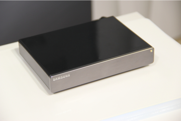 HomeSync traz plataforma Android adaptada para utilização com TV, muito similar à Google TV (Foto: TechTudo/Fabrício Vitorino)