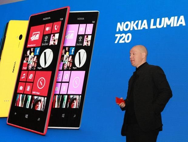 O Nokia Lumia 720 tem câmera para ambientes com baixa luminosidade (Foto: Allan Melo/TechTudo)