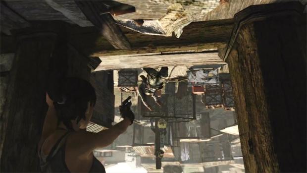 Armadilhas podem deixar Lara pendurada e lutando de cabeça para baixo (Foto: Divulgação)