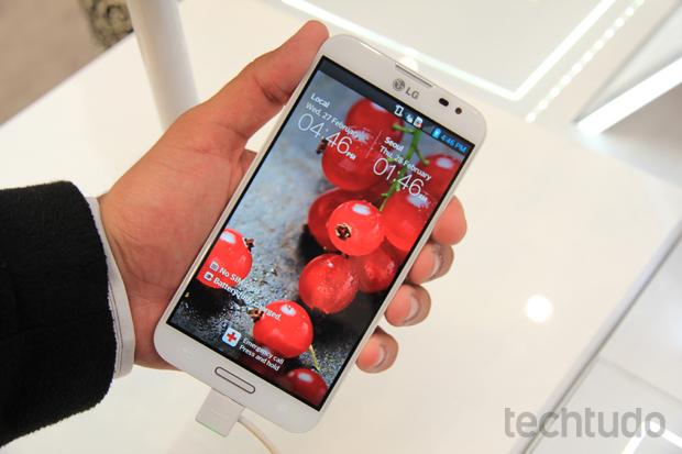 Optimus G Pro é a aposta da LG para superar a concorrência (Foto: Allan Melo/TechTudo)